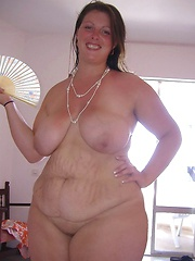 Sexy Chubby Chick Spreads Her Massive Smooth Buns