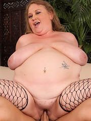 Fat Mommy In Sexy Black Fishnets Gets It A-style